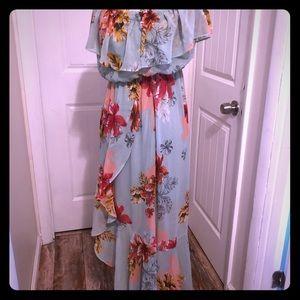 Floral Hawaiian ruffled Express dress 🌺